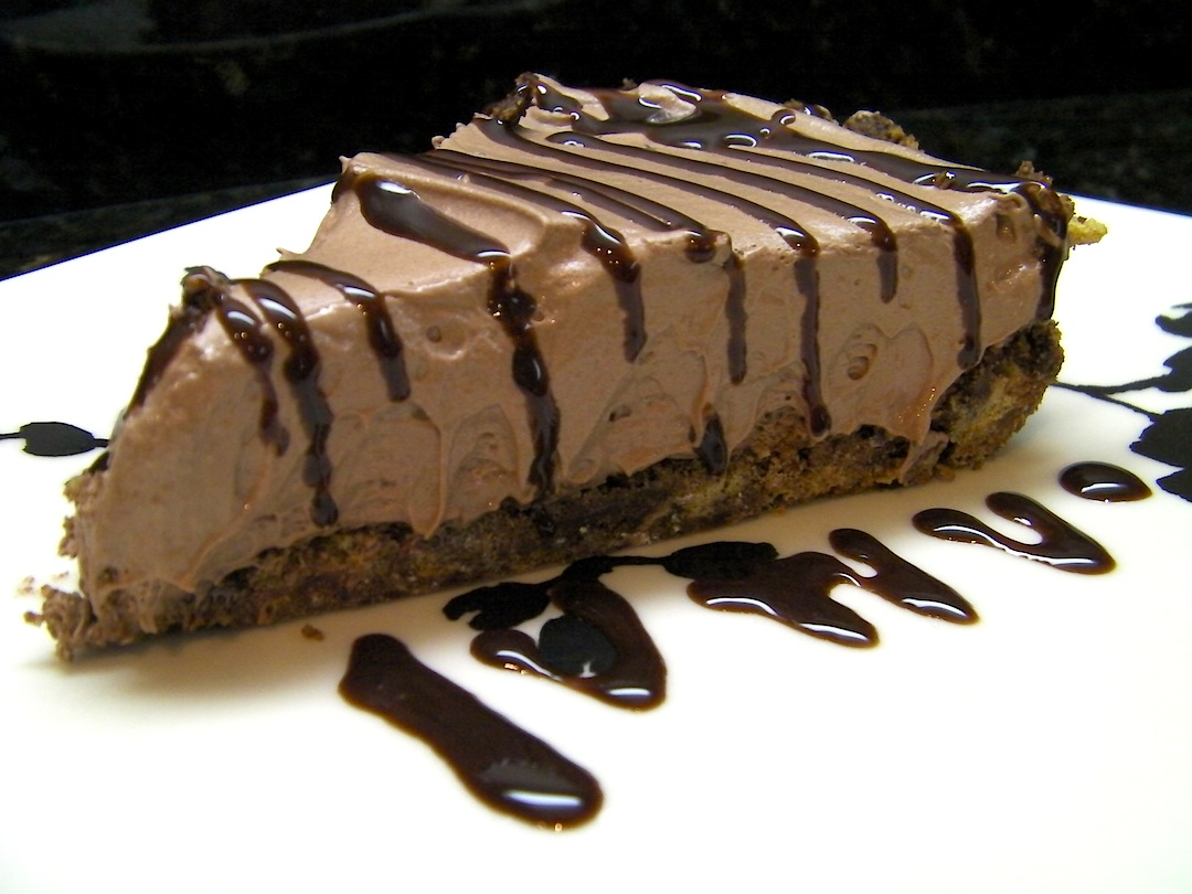 No Bake Chocolate Chocolate Cheesecake Pie