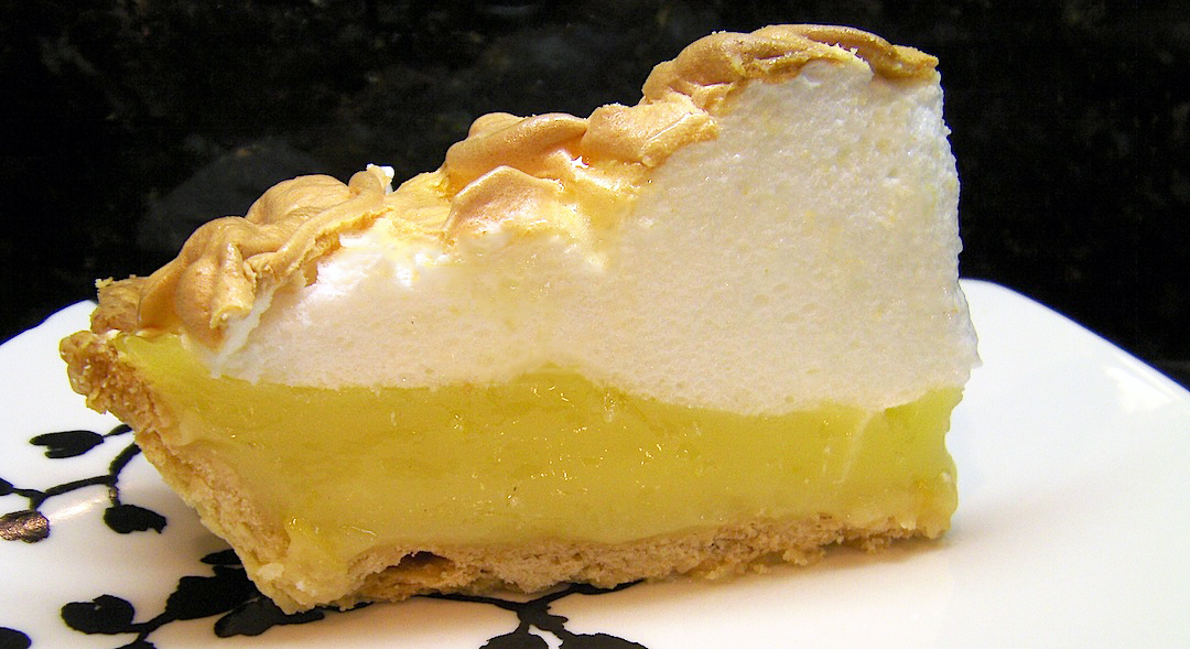 How To Make Delicious Homemade Lemon Meringue Pie | Apps Directories